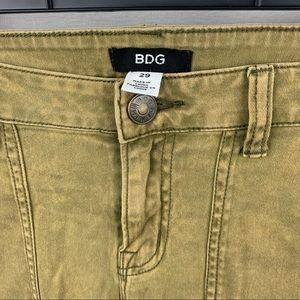 BDG skinny cargo pant mustard yellow size 29